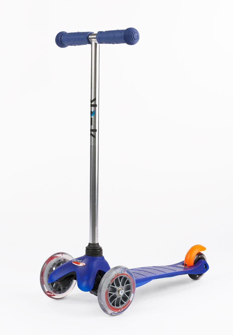 micro mini scooter blue grand rabbits toys in boulder. Black Bedroom Furniture Sets. Home Design Ideas